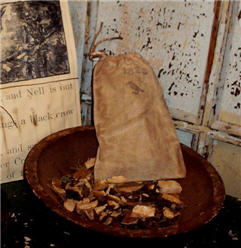 1823 Simmering Crow-Pourri Bag-