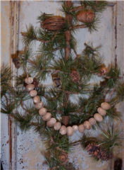 Nutmeg Garlands